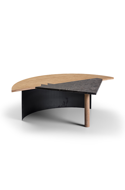 Kiss low table desine object direct object collection
